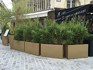 Bacs à plantes pour aménager une terrasse de restaurant